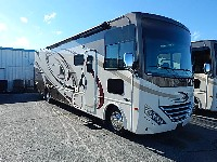 2017  THOR MOTORCOACH HURRICANE